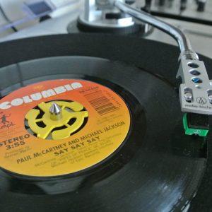 """Adaptador para discos de vinilo 7"""" - Plástico (5 unidades)"""